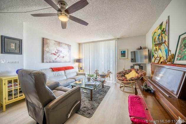 2715 Tigertail Ave #508, Miami, FL 33133 (MLS #A10930676) :: ONE Sotheby's International Realty