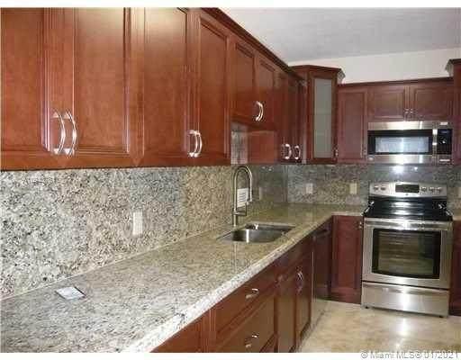 Bal Harbour, FL 33154 :: Berkshire Hathaway HomeServices EWM Realty