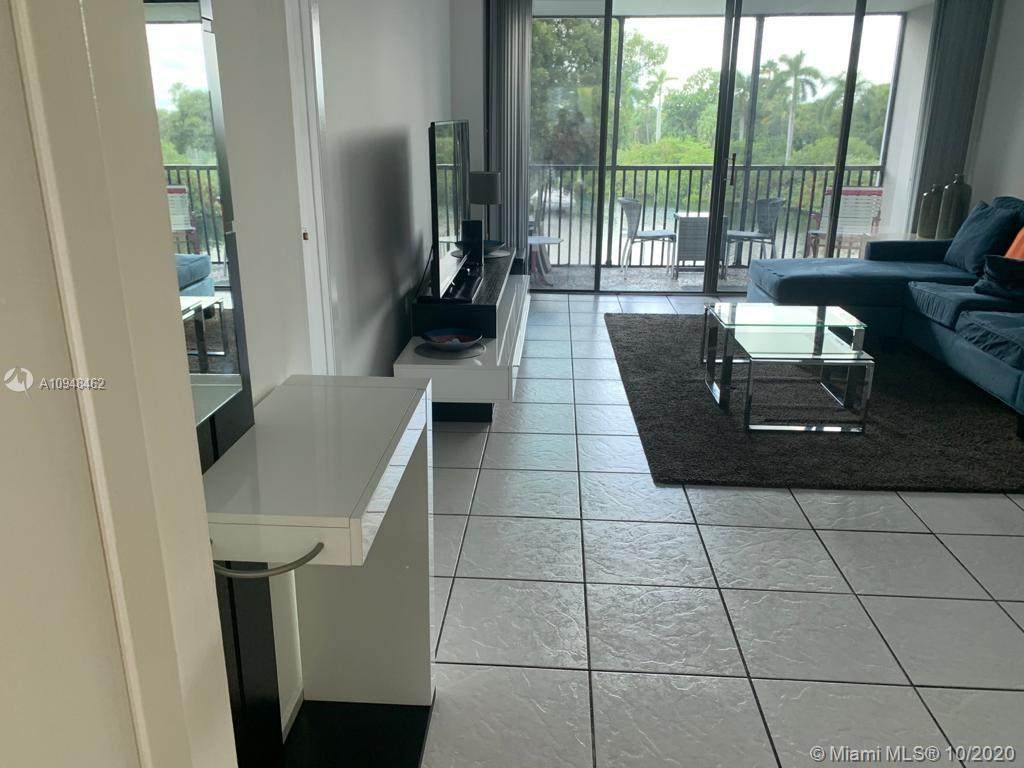 3401 Country Club Dr - Photo 1