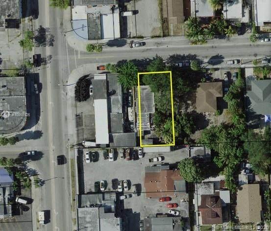 1624 NW 32nd St, Miami, FL 33142 (#A10955926) :: Posh Properties