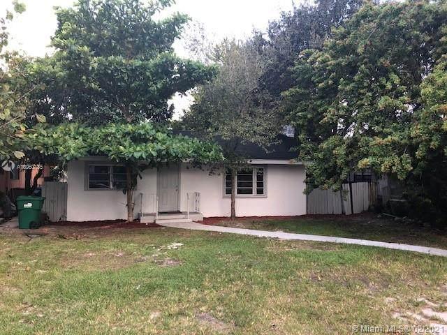 10834 NE 2nd Pl, Miami, FL 33161 (MLS #A10960185) :: The Paiz Group
