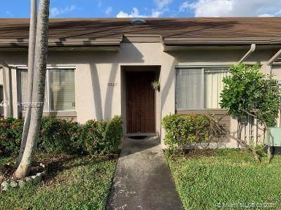 5587 Park Rd, Dania Beach, FL 33312 (MLS #A10966627) :: The Rose Harris Group