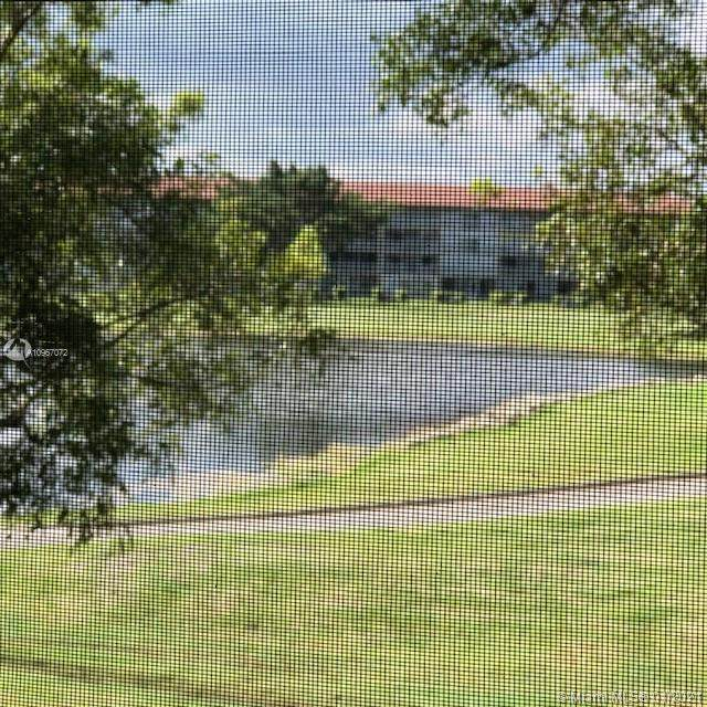 13475 SW 9th St 207A, Pembroke Pines, FL 33027 (MLS #A10967072) :: Berkshire Hathaway HomeServices EWM Realty