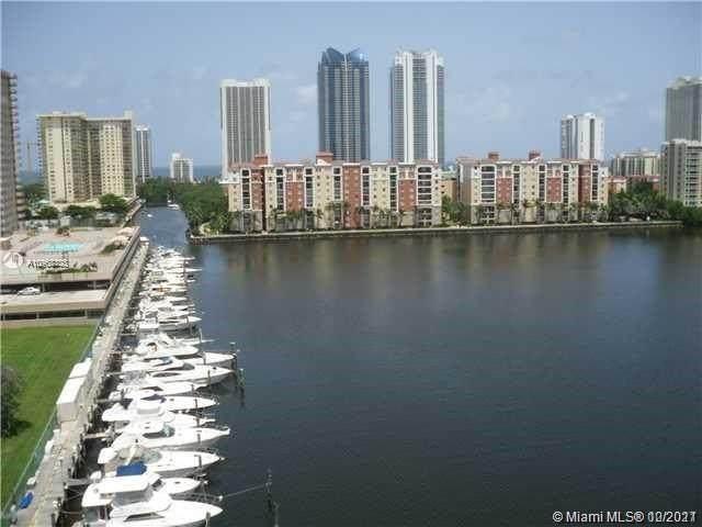 290 174th St #719, Sunny Isles Beach, FL 33160 (MLS #A10968403) :: Berkshire Hathaway HomeServices EWM Realty
