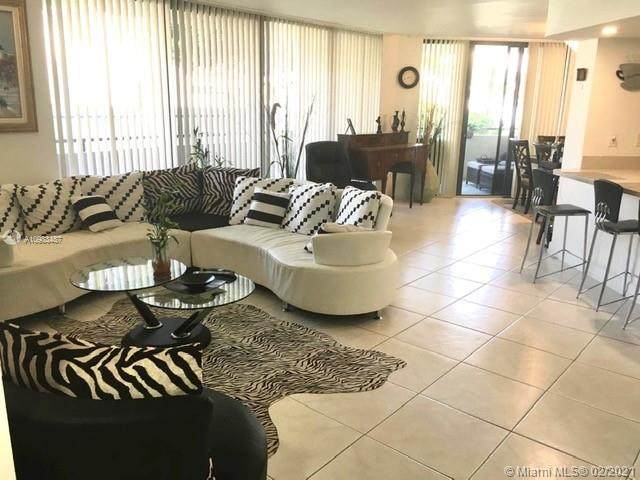 21075 NE 34th Ave #104, Aventura, FL 33180 (MLS #A10983487) :: Green Realty Properties