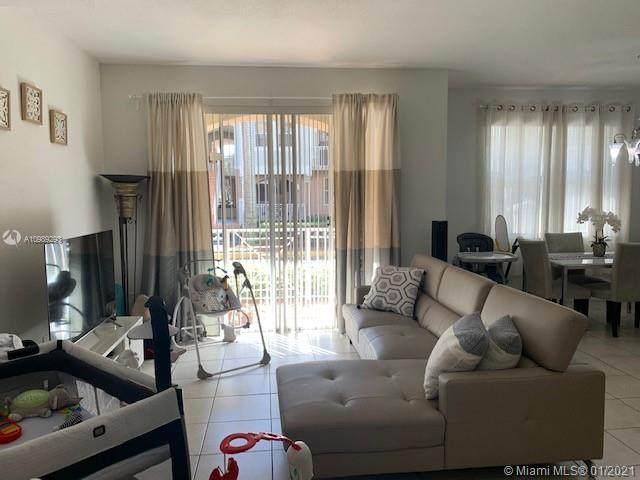 8930 W Flagler St #102, Miami, FL 33174 (MLS #A10989293) :: Berkshire Hathaway HomeServices EWM Realty