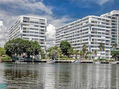 1160 N Federal Hwy #824, Fort Lauderdale, FL 33304 (MLS #A10991787) :: Green Realty Properties