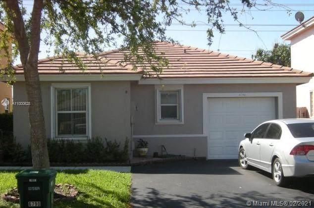 6790 NW 69th Ct, Tamarac, FL 33321 (MLS #A11000628) :: Green Realty Properties