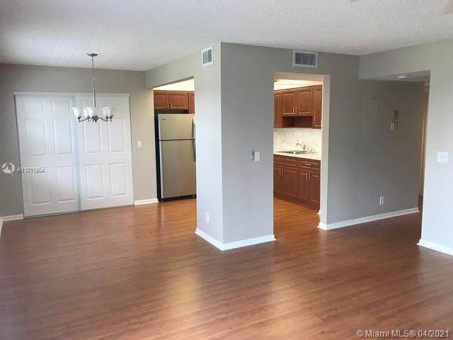 13550 SW 6th Ct 410A, Pembroke Pines, FL 33027 (MLS #A11011904) :: The Riley Smith Group