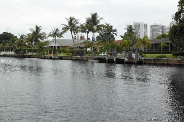 473 Sunset Dr, Hallandale Beach, FL 33009 (MLS #A11012631) :: Re/Max PowerPro Realty