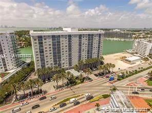 6770 Indian Creek Dr 7-T, Miami Beach, FL 33141 (MLS #A11019703) :: Castelli Real Estate Services