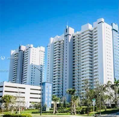 14951 Royal Oaks Ln #504, North Miami, FL 33181 (MLS #A11030535) :: Compass FL LLC