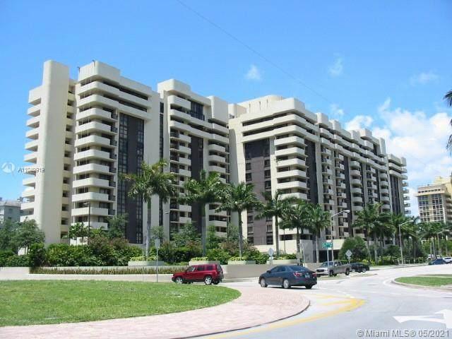 600 Biltmore Way #804, Coral Gables, FL 33134 (MLS #A11040919) :: Team Citron