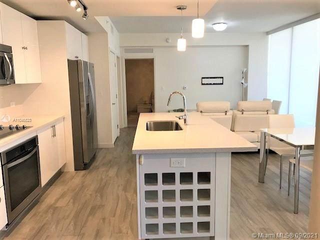 999 SW 1st Ave #1403, Miami, FL 33130 (MLS #A11045523) :: Berkshire Hathaway HomeServices EWM Realty
