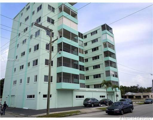1700 Pierce St #501, Hollywood, FL 33020 (MLS #A11045750) :: All Florida Home Team