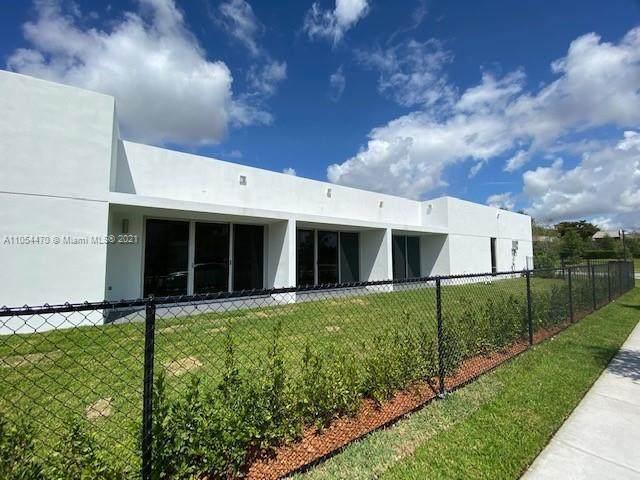 16784 Natures Way, Weston, FL 33326 (MLS #A11054470) :: The Paiz Group