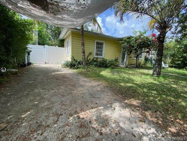 6272 SW 43rd St, South Miami, FL 33155 (MLS #A11059644) :: The Riley Smith Group