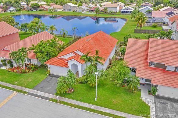 12166 NW 35th St, Sunrise, FL 33323 (MLS #A11070107) :: Douglas Elliman