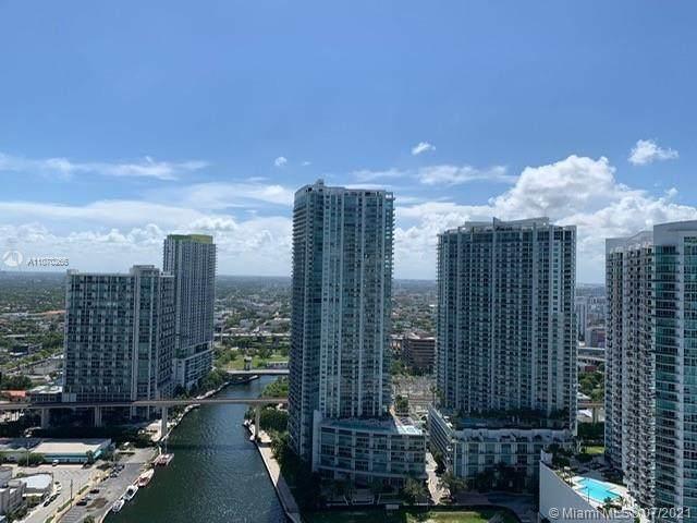 31 SE 5th St #3921, Miami, FL 33131 (#A11070266) :: Dalton Wade