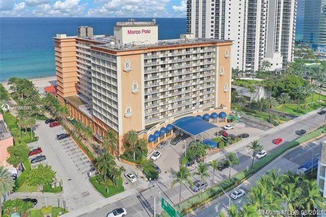 19201 Collins Ave #848, Sunny Isles Beach, FL 33160 (MLS #A11083337) :: The Pearl Realty Group