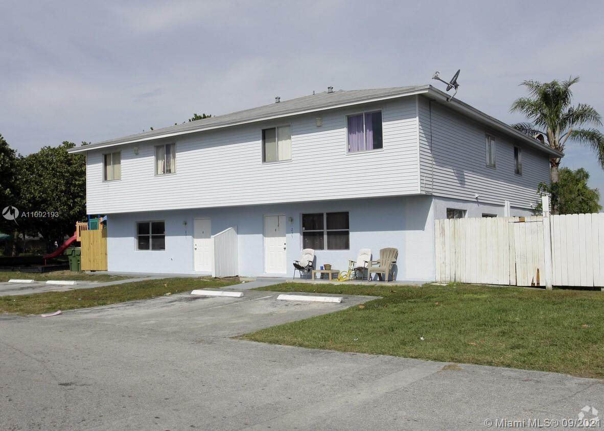207 12th Ave - Photo 1