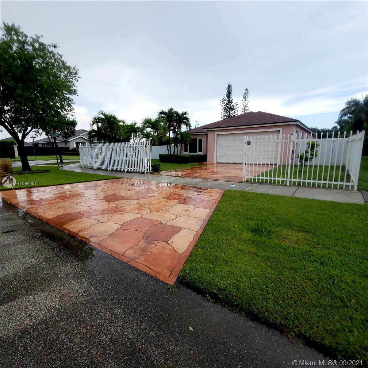 30821 192nd Ave - Photo 1