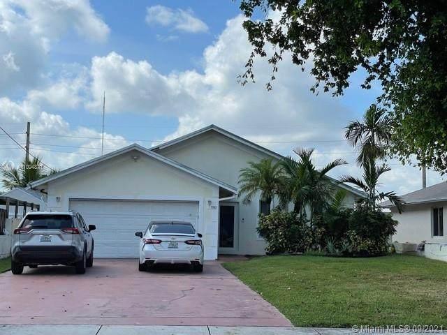 5510 SW 18th St, West Park, FL 33023 (MLS #A11094871) :: All Florida Home Team