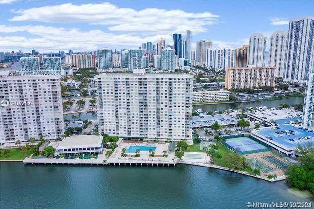 300 Bayview Dr #108, Sunny Isles Beach, FL 33160 (MLS #A11096226) :: GK Realty Group LLC