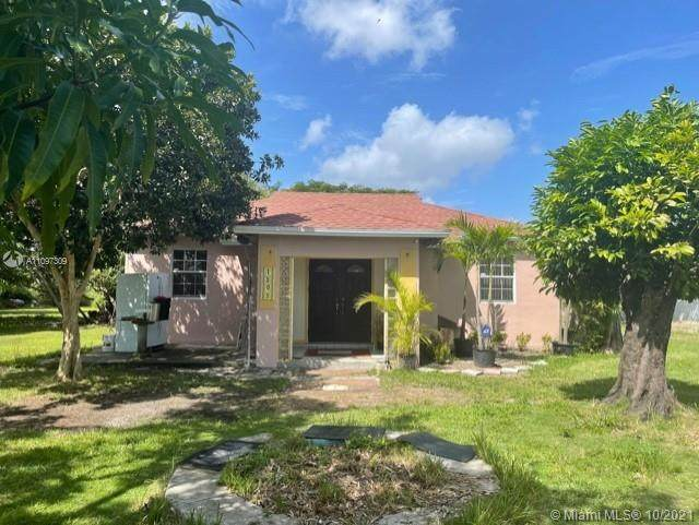 18050 SW 110th Ave, Miami, FL 33157 (MLS #A11097309) :: Equity Realty