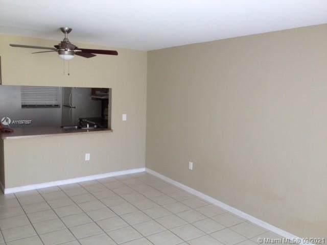 13020 SW 92nd Ave A107, Miami, FL 33176 (MLS #A11097897) :: Douglas Elliman