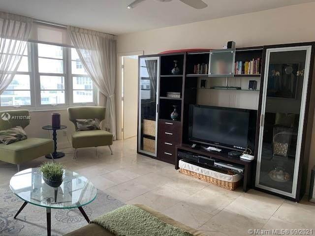 100 Lincoln Rd #1122, Miami Beach, FL 33139 (#A11101746) :: Posh Properties