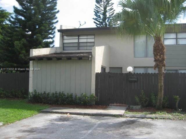 11350 SW 68 TE, Miami, FL 33173 (MLS #A11113032) :: Prestige Realty Group