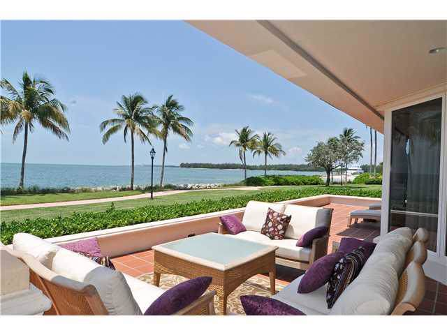 15312 Fisher Island Dr - Photo 1
