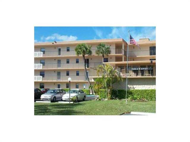 9355 SW 8 ST #110, Boca Raton, FL 33428 (MLS #H915450) :: Prestige Realty Group