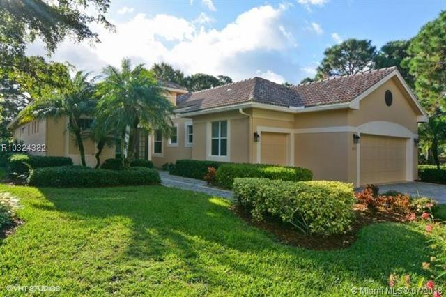 4227 SE Henley Lane, Stuart, FL 34997 (MLS #R10324382) :: The Paiz Group