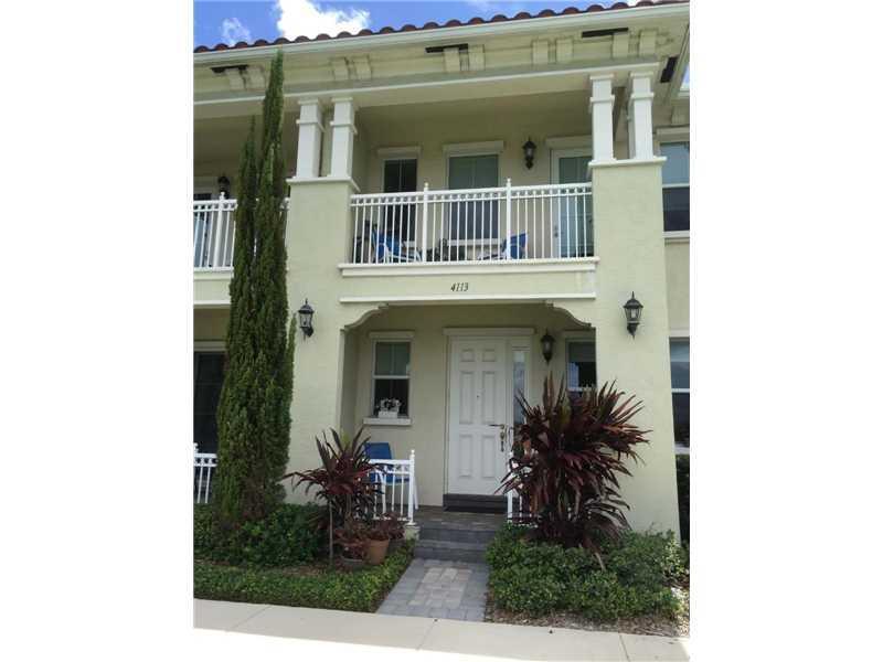 4113 Cascada Cir #4113, Hollywood, FL 33024 (MLS #A10152531) :: United Realty Group