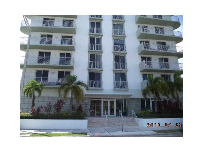 2550 SW 27th Ave #505, Miami, FL 33133 (MLS #A10157023) :: United Realty Group