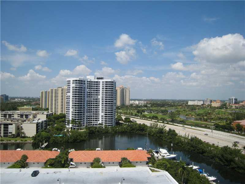 3500 Mystic Pointe Dr #1602, Aventura, FL 33180 (MLS #A10159112) :: United Realty Group