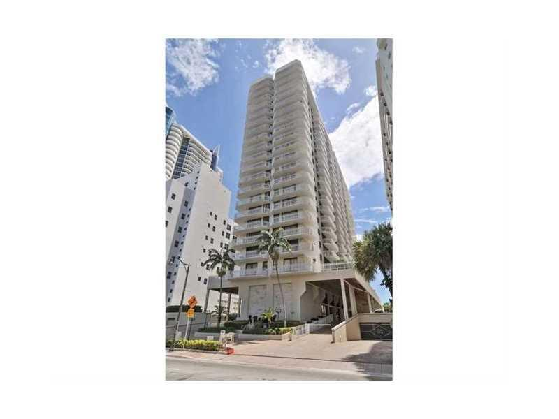 6061 Collins Ave 4B, Miami Beach, FL 33140 (MLS #A10171442) :: United Realty Group