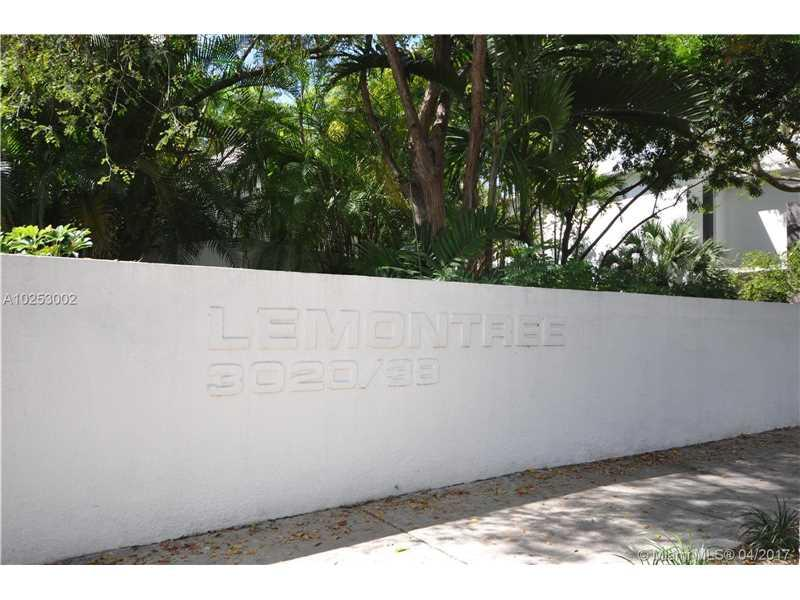 3026 Day Ave #3026, Coconut Grove, FL 33133 (MLS #A10253002) :: The Riley Smith Group