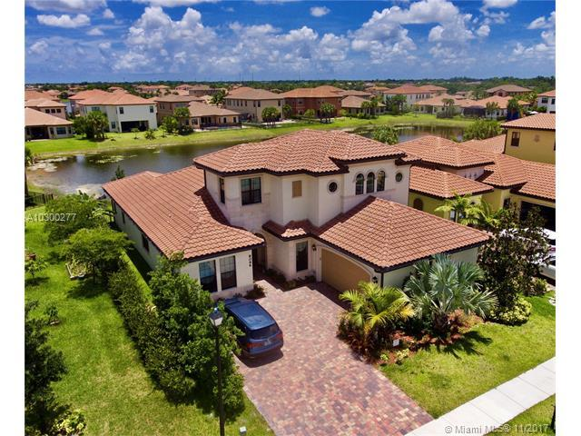 8096 NW 116th Ter, Parkland, FL 33076 (MLS #A10300277) :: The Teri Arbogast Team at Keller Williams Partners SW
