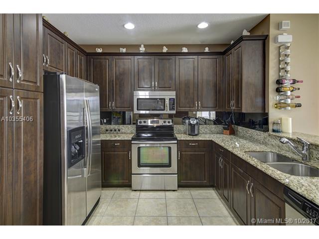 7644 Foxcroft Ln #7644, Davie, FL 33328 (MLS #A10355406) :: RE/MAX Presidential Real Estate Group