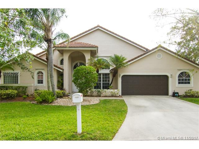 4833 NW 99th Ln, Coral Springs, FL 33076 (MLS #A10362255) :: The Teri Arbogast Team at Keller Williams Partners SW