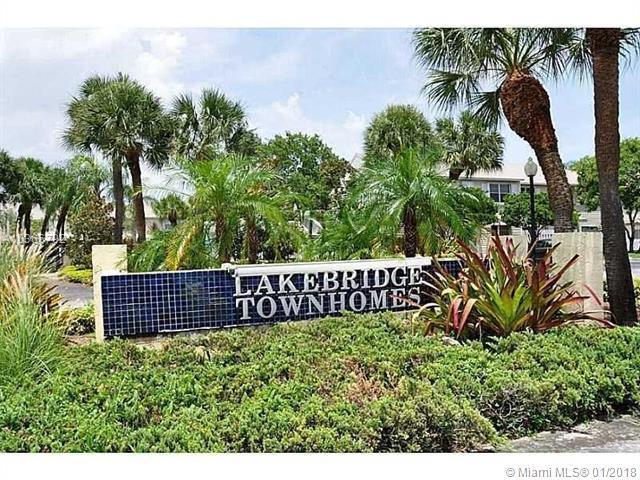 65 SW 3rd St #65, Pompano Beach, FL 33060 (MLS #A10366792) :: The Teri Arbogast Team at Keller Williams Partners SW