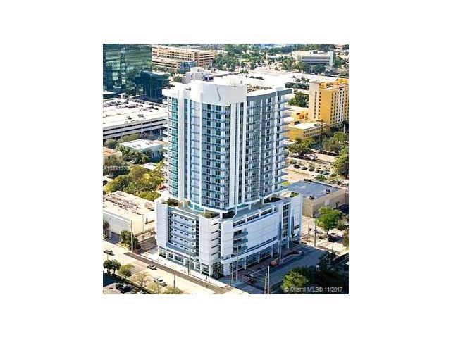 315 NE 3rd #1504, Fort Lauderdale, FL 33301 (MLS #A10371370) :: The Teri Arbogast Team at Keller Williams Partners SW
