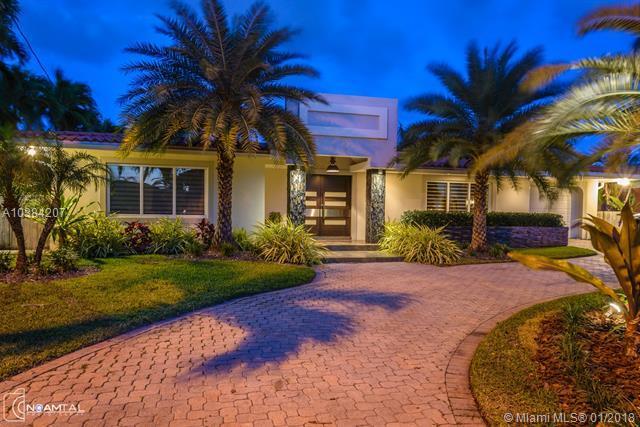 16465 NE 32nd Ave, North Miami Beach, FL 33160 (MLS #A10384207) :: The Teri Arbogast Team at Keller Williams Partners SW