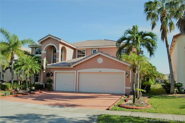 2221 SW 164th Ave, Miramar, FL 33027 (MLS #A10390942) :: Stanley Rosen Group