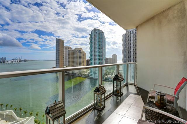 300 S Biscayne Blvd T-1512, Miami, FL 33131 (MLS #A10397582) :: The Teri Arbogast Team at Keller Williams Partners SW