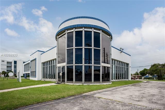 301 Southern Blvd, West Palm Beach, FL 33405 (MLS #A10398933) :: The Paiz Group