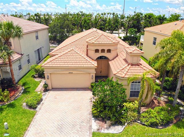 2944 Shaughnessy Dr, Wellington, FL 33414 (MLS #A10408224) :: The Teri Arbogast Team at Keller Williams Partners SW